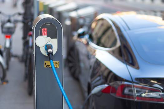 So wird die Zukunft aussehen mit der Betankung des Autos aus der Steckdose